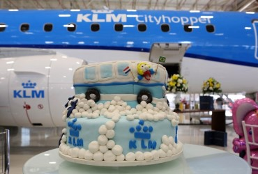KLM first European carrier to operate the EMBRAER 175 with enhancements