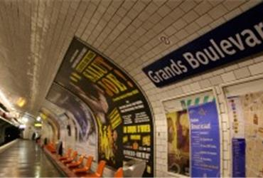 As business travellers not only fly through the skies but also riding the world's underground networks, it is good to find out about the pros and cons of the world's subway systems. How do the London Underground and the Paris Metro compare?